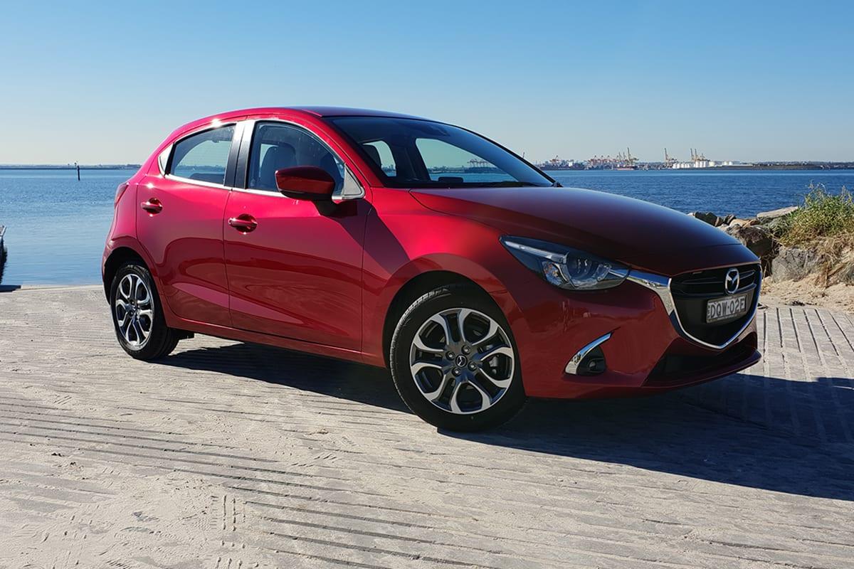 Kelebihan Mazda 2 Hatchback 2018 Murah Berkualitas