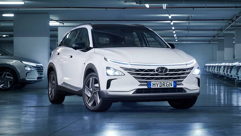 new hyundai nexo 2021: first fleet of hydrogen fuel-cell