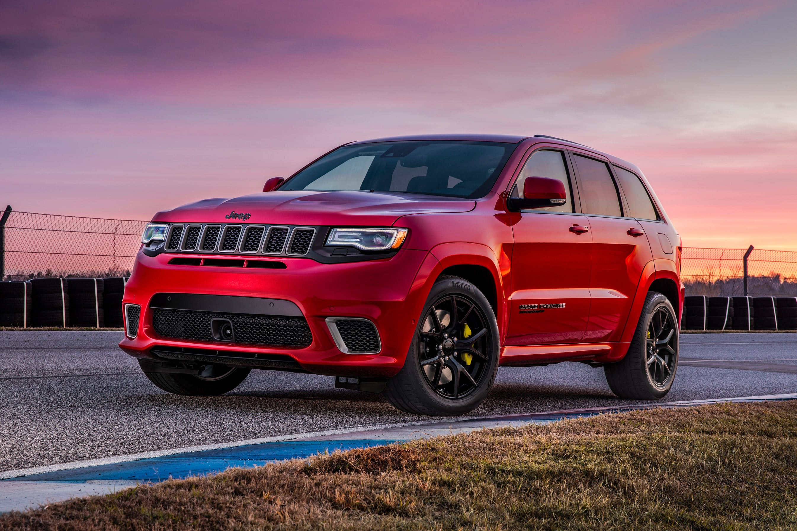 Jeep Grand Cherokee Trackhawk 2018 Price And Specification Confirmed Car News Carsguide