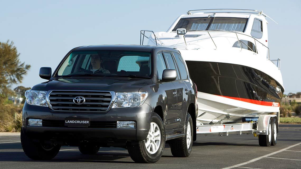 Best tips for towing a boat on holiday - Car News   CarsGuide