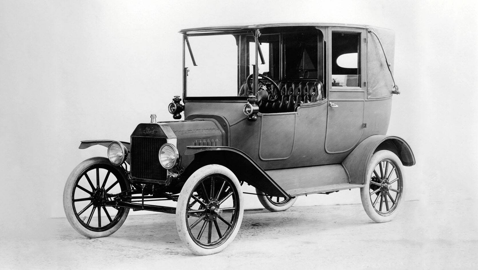 Who Invented The First Car When Was It Made Automobile History Carsguide