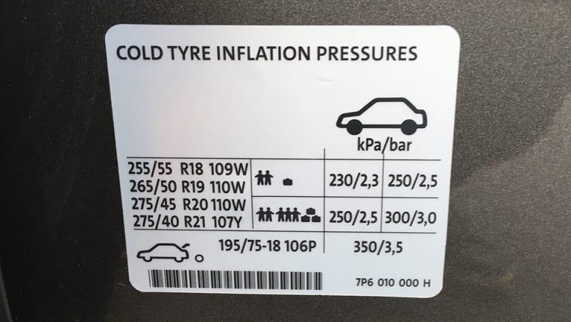 Tire Puncture Repair >> Volkswagen Touareg Tyre Pressure | CarsGuide