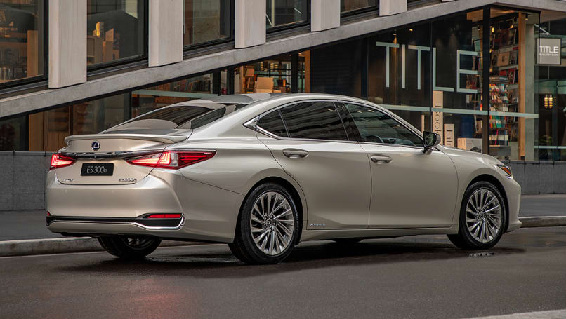 Matched with a 2.5-litre petrol engine, the hybrid components are now lighter and more efficient which Lexus says results in much smoother power delivery.