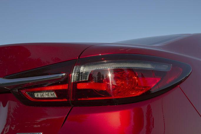 Mazda 6 GT sedan 2018 review | CarsGuide