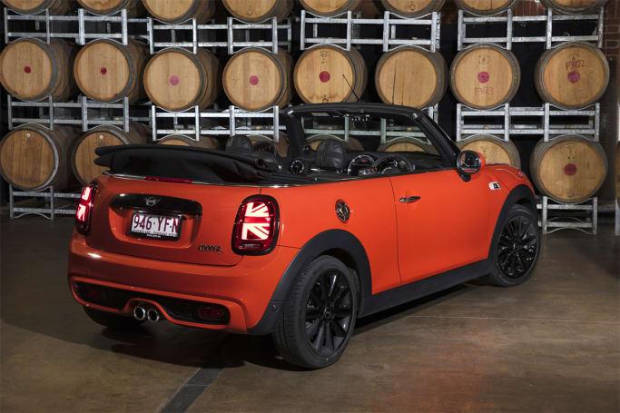 Mini Cooper 2018 review | CarsGuide