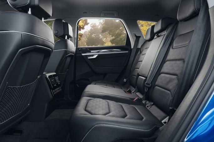 Volkswagen Touareg 2019 review | CarsGuide