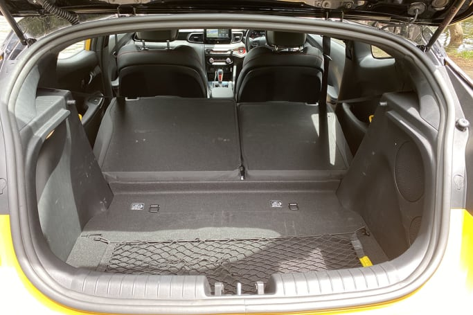 Hyundai Veloster Boot space
