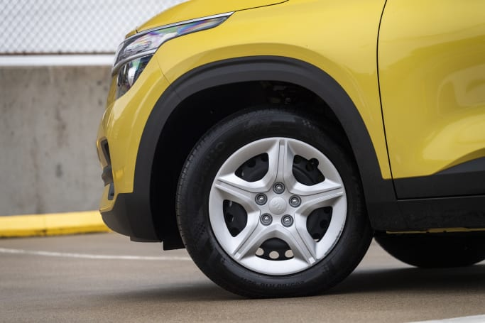 Instead of alloy wheels, the Seltos S has steel ones with hubcaps.