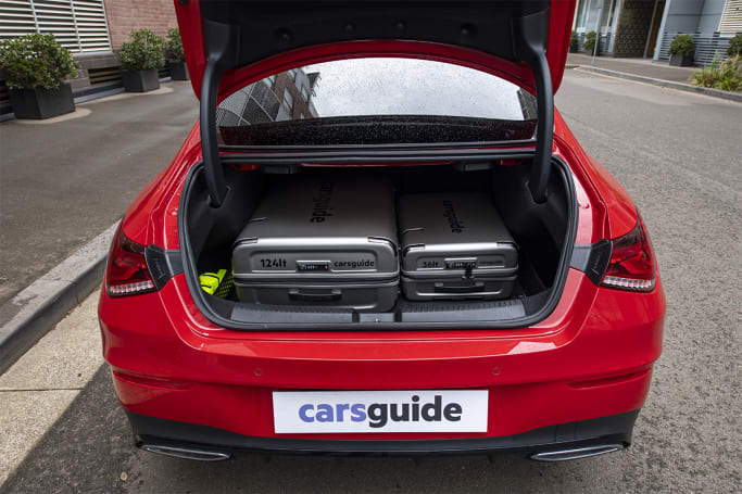 Mercedes-Benz CLA 200 Boot space