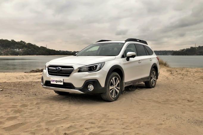 2020-subaru-outback-2.5i-premium-SUV-white-1200x800-1.jpg