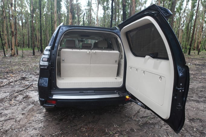 Toyota Landcruiser Prado 2020 Boot space