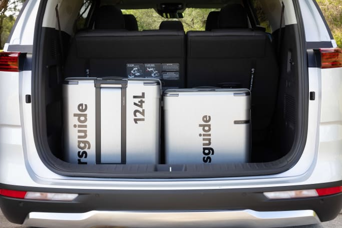 With all three rows in use, the Carnival has 1,139 L of trunk space (Image: Dean McCartney).