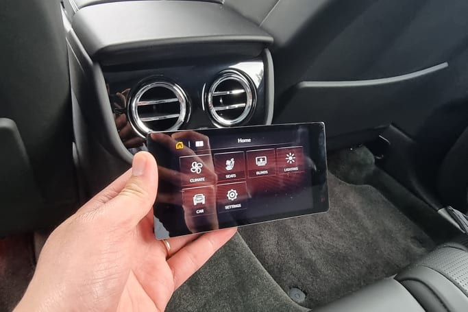 The second-row occupants also have access to a detachable 5.0-inch tablet that can control multimedia and vehicle functions, as well as set the interior ambient lighting colour.