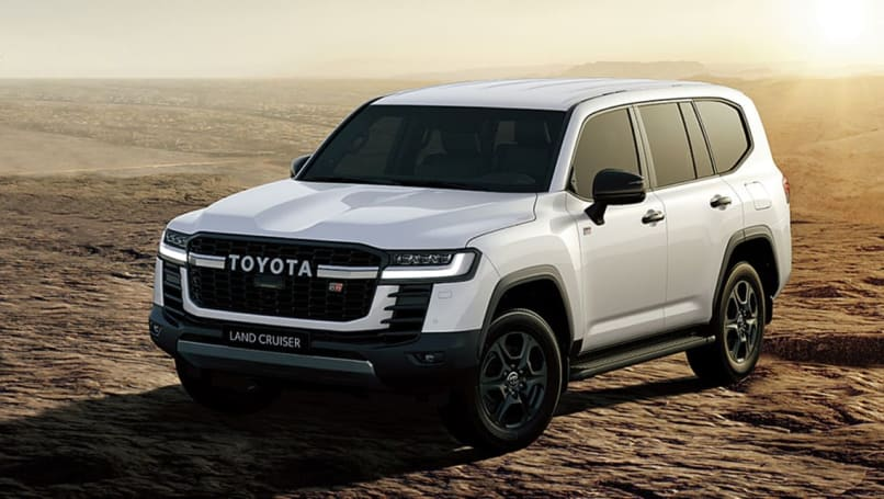 Soon the more luxurious Toyota LandCruiser 300 Series will be official!  2022 Lexus LX takes LC300 to new 4×4 heights