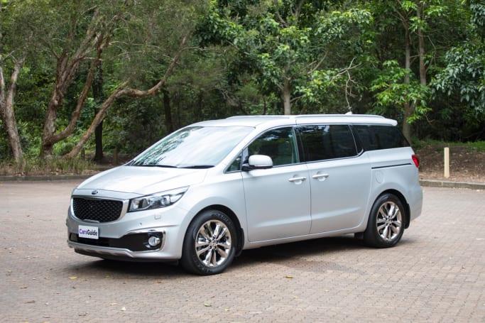 Kia Carnival 2018 review: Platinum petrol   CarsGuide