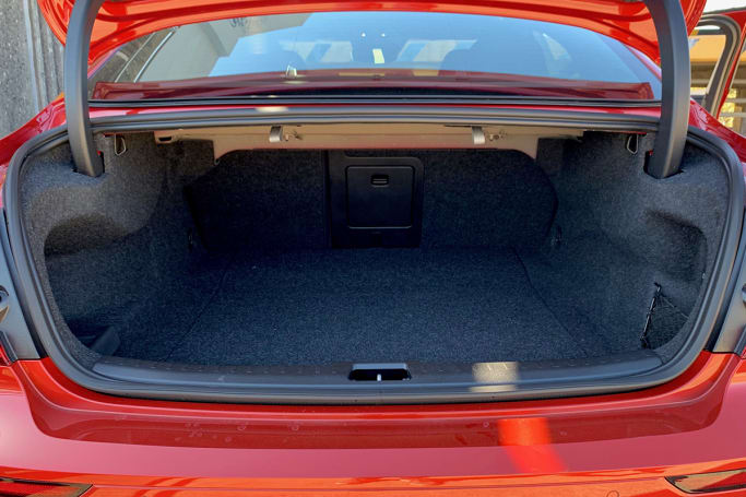 Volvo S60 2020 Boot space