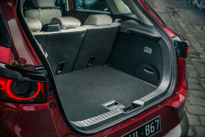 Mazda CX-3 2019 Boot space