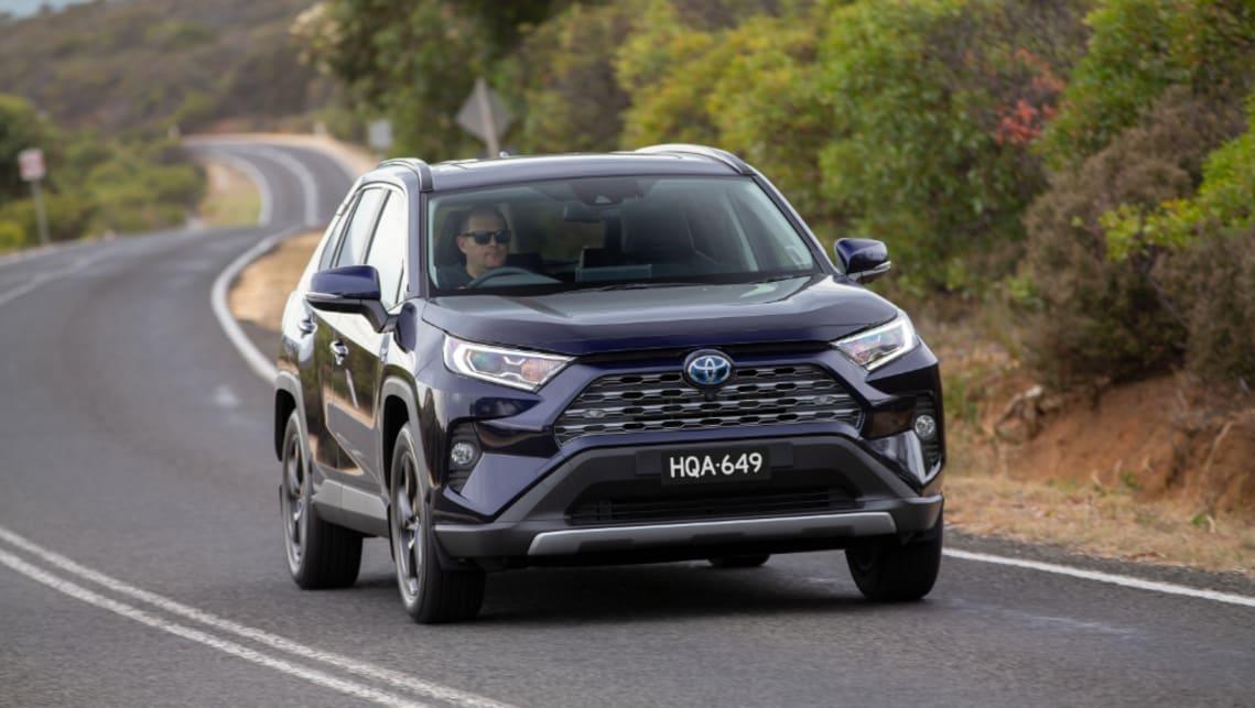 Toyota's mass sales stop: Camry, Corolla hatch, RAV4 hybrid