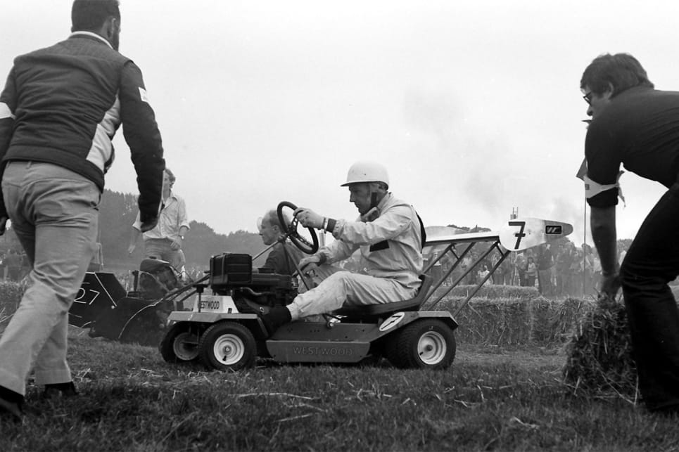Forget Supercars, lawn mower racing is Australia's best