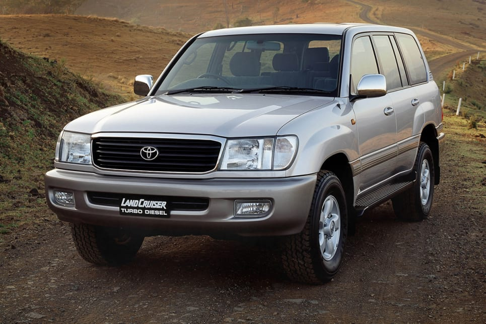 toyota land cruiser 100 series used review 1998 2002 carsguide toyota land cruiser 100 series used