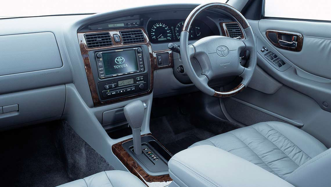 used toyota avalon review 2000 2006 carsguide used toyota avalon review 2000 2006