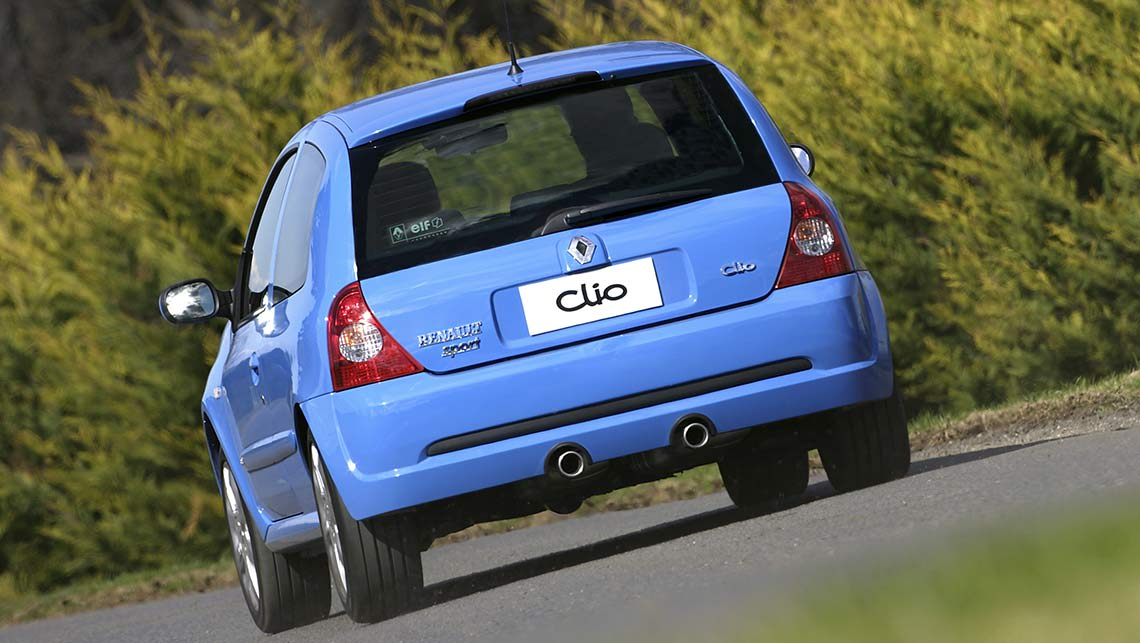 Used Renault Clio Review  2001