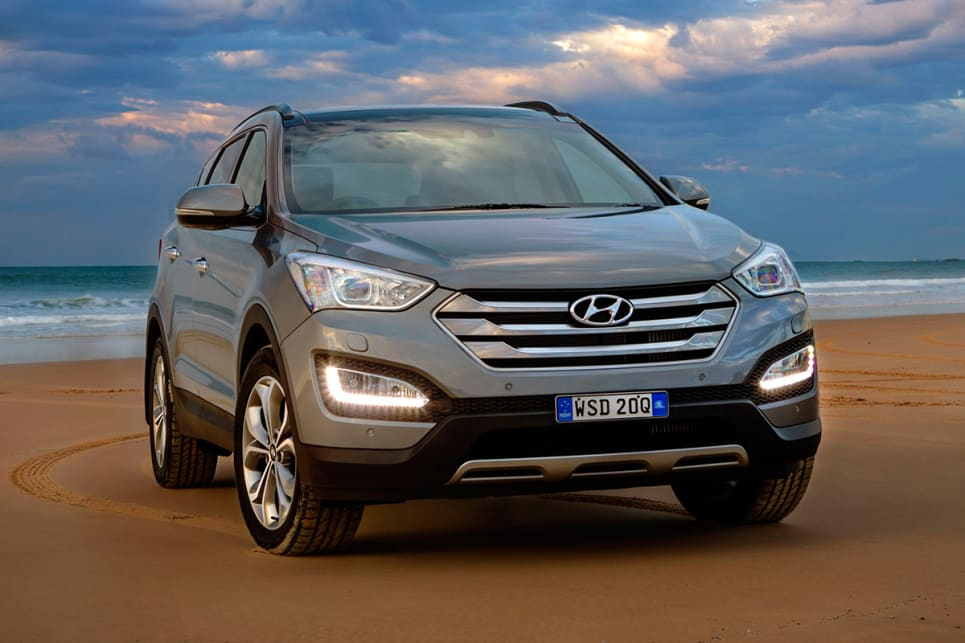 2017 Hyundai Santa Fe Towing Capacity >> Top Five Family Suvs For Towing Carsguide