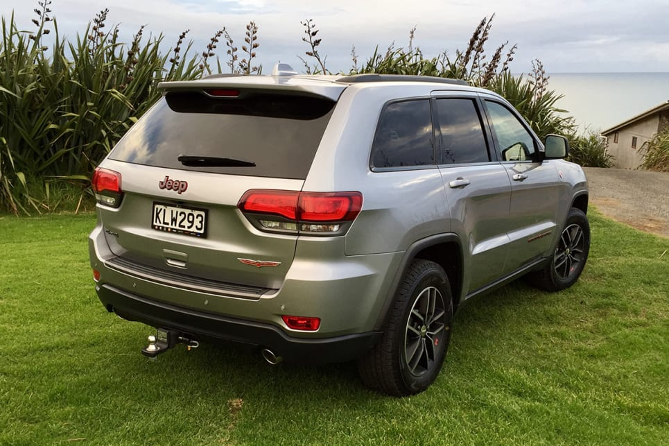 The Trailhawk swaps some kit for Kevlar-reinforced tyres and under-body skid plates. (Image credit: Richard Berry)