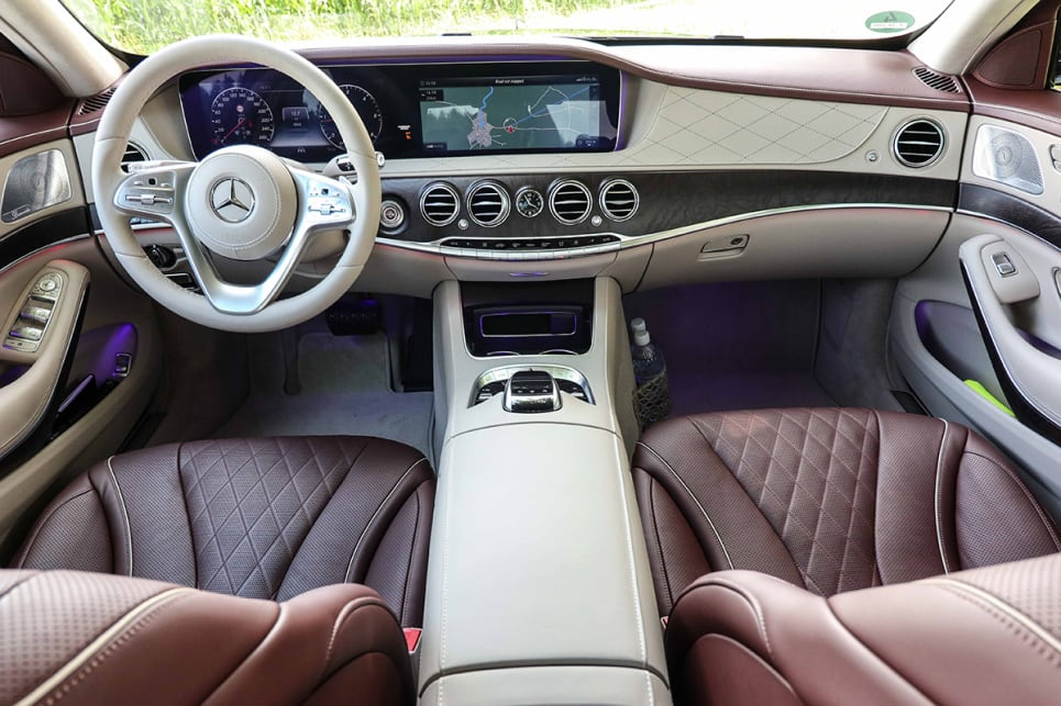 The S-Class's pair of 12.3-inch screens have been aligned together under the same glass cover, while a new steering wheel with additional controls has allowed Merc to dispense with its ubiquitous cruise control stalk. (image credit: Tim Robson)