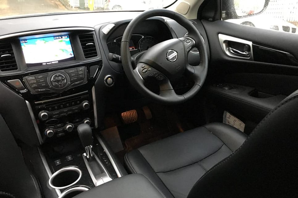 The cabin features an excellent and easy-to-use sat nav system, leather accented and heated front seats, an 8.0-inch touchscreen. (image credit: Stephen Corby)