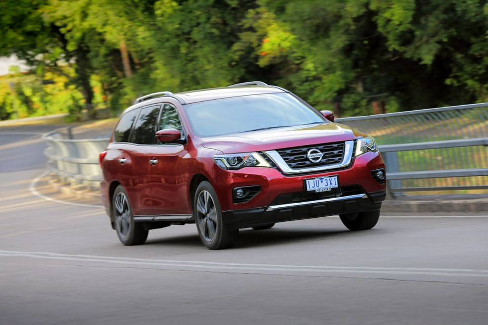 Nissan Pathfinder 2017 review | CarsGuide
