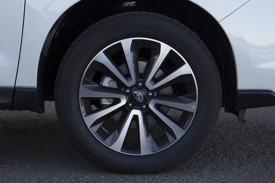The 2.5i-S gets upgraded 18-inch alloy wheels. (image credit: Peter Anderson)