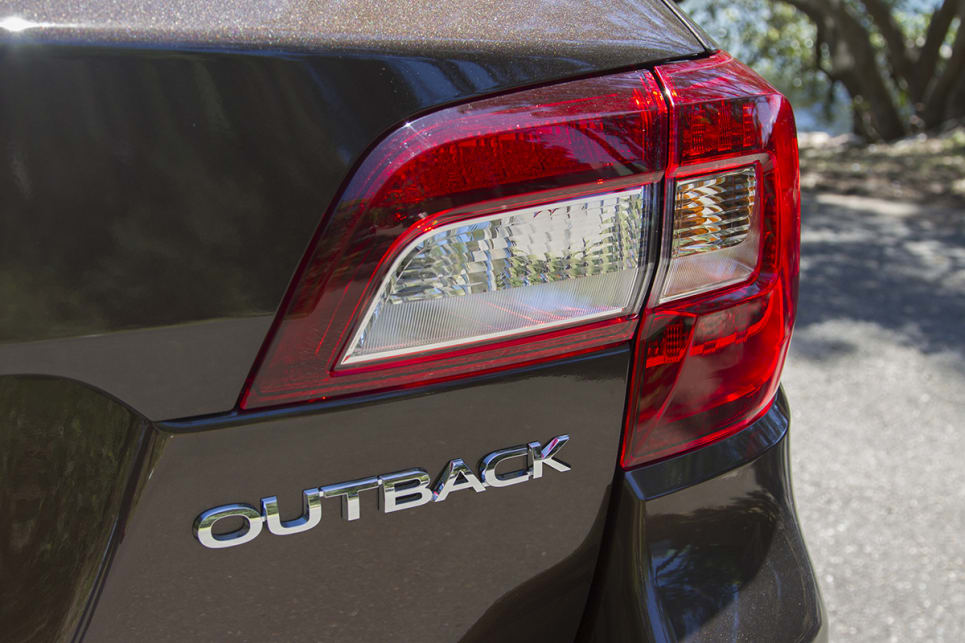 Subaru Outback 2017 review | CarsGuide