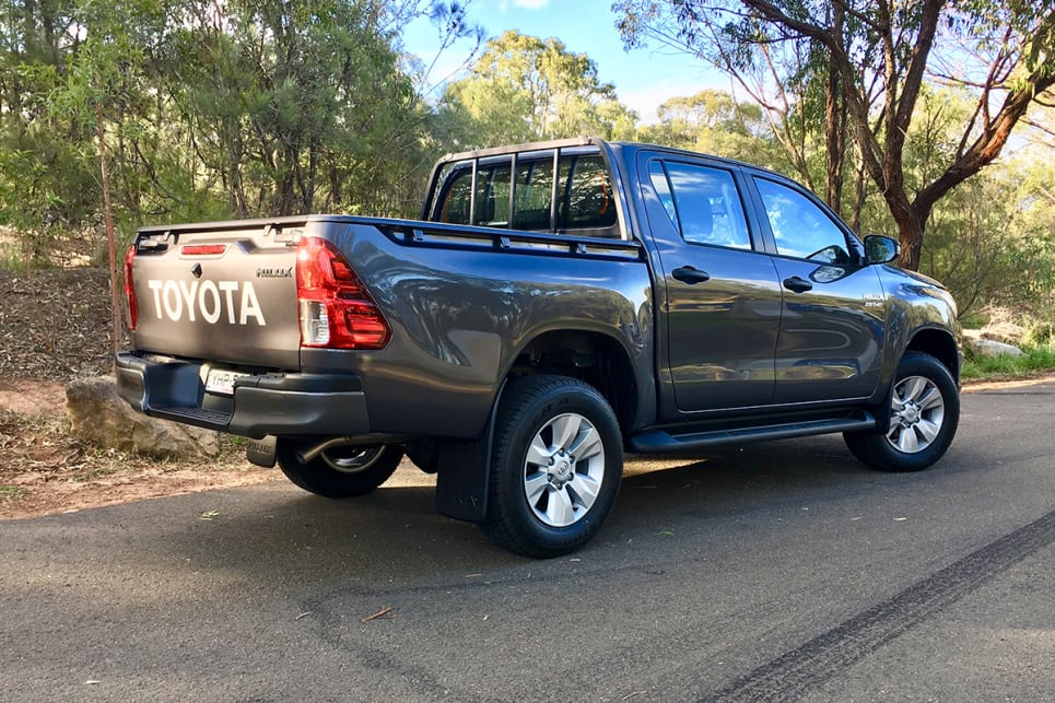 Awe Inspiring Toyota Hilux Sr 2018 Review Carsguide Gmtry Best Dining Table And Chair Ideas Images Gmtryco