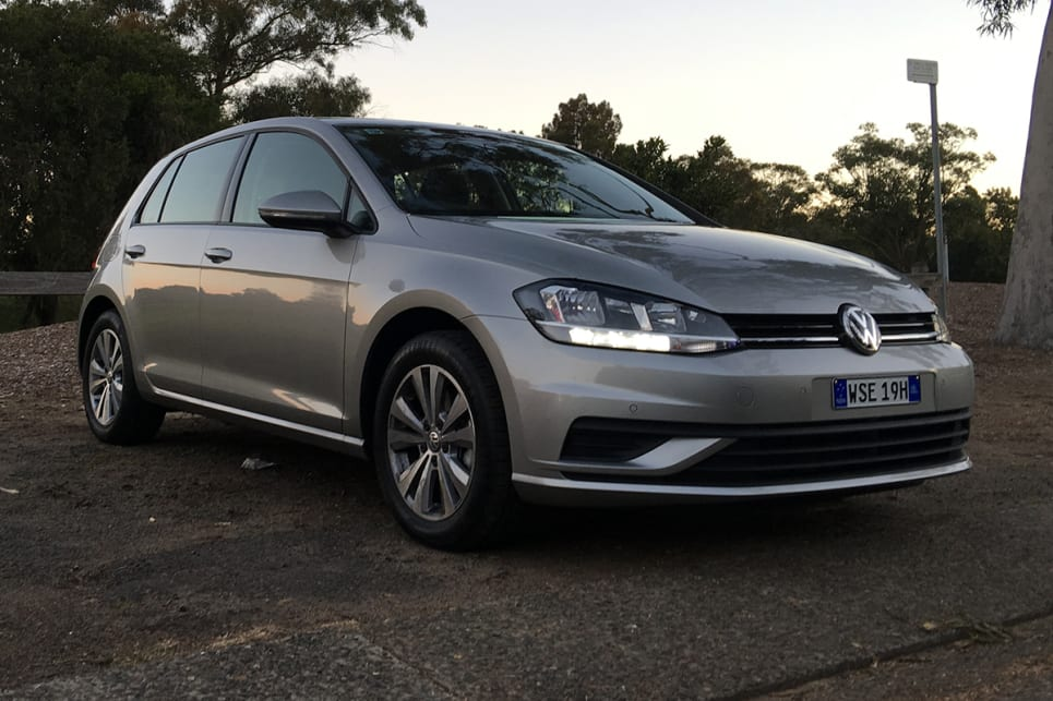 Volkswagen Golf Trendline 2017 Review | CarsGuide
