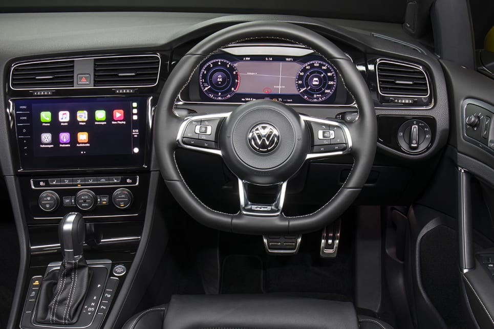 The cool and classy cabin layout is otherwise largely unchanged. (Volkswagen Golf 110TSI Highline with R-Line package shown)