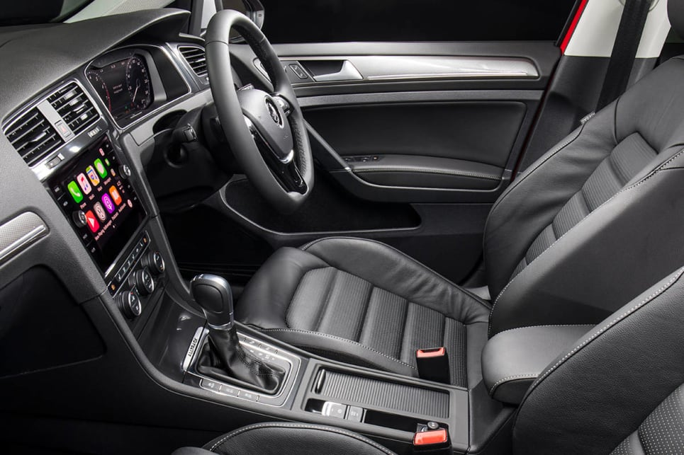Step up to the Premium grade and you'll be in receipt of 'Comfort Sport' (heated) front seats, 'leather appointed' upholstery. (Volkswagen Golf Alltrack shown)