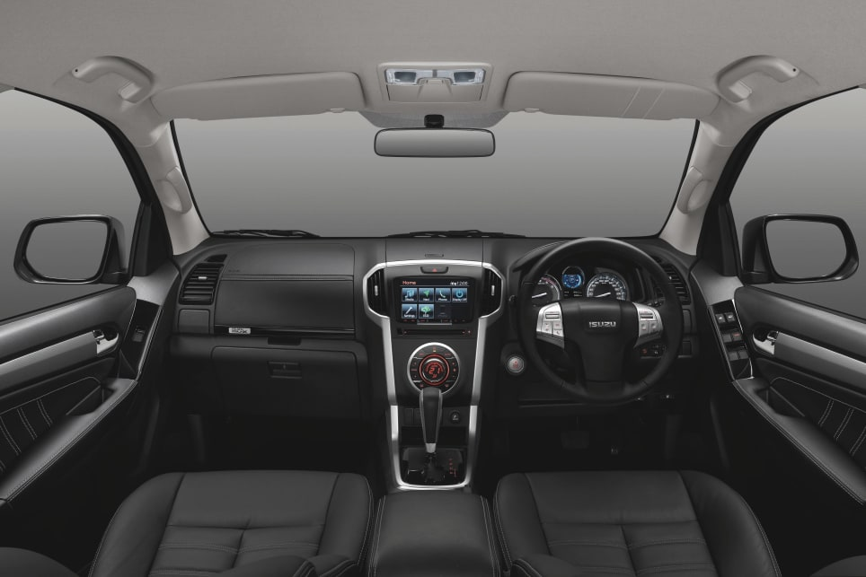 The LS-T has the same touchscreen features as the LS-U, and all variants have a leather-wrapped steering wheel.