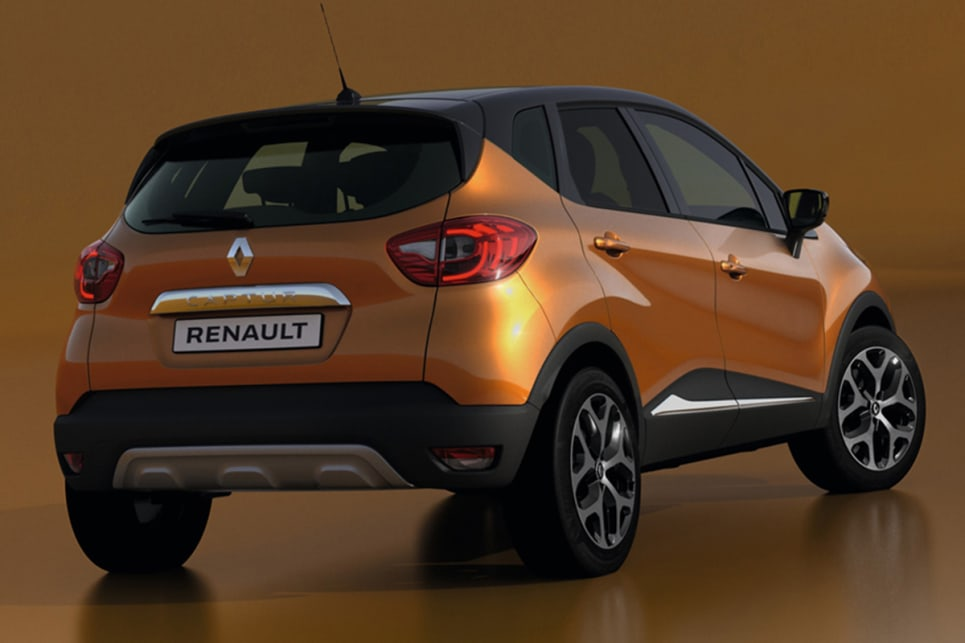 At the back of the Captur are C-shaped LED tail-lights.