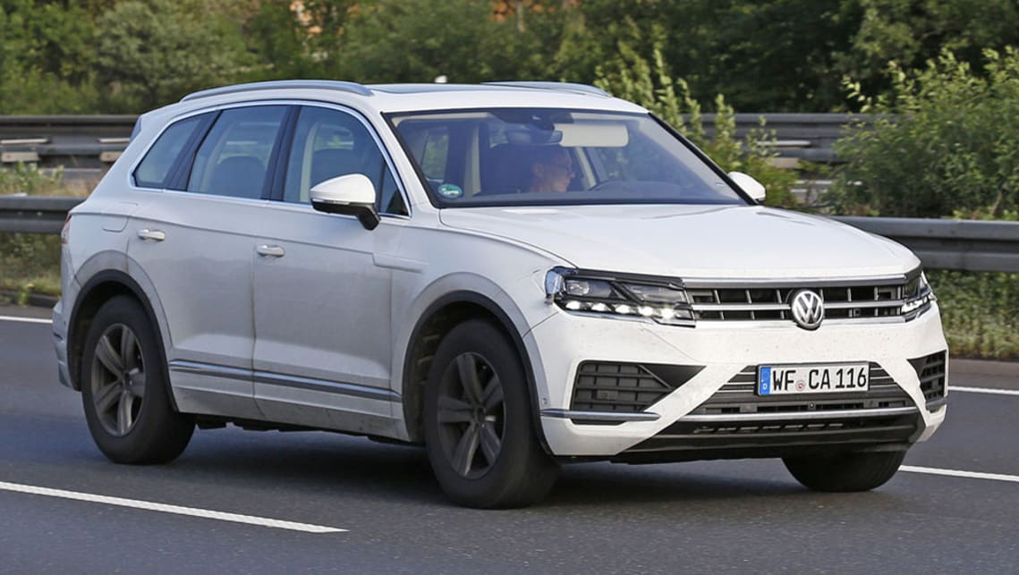 Vw Touareg 2018 >> Volkswagen Touareg 2018 Spied Testing Car News Carsguide