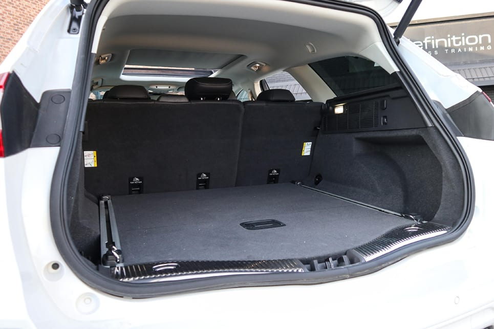 The Mondeo can take 730 litres of luggage with the seats up. (image credit: Tim Robson)