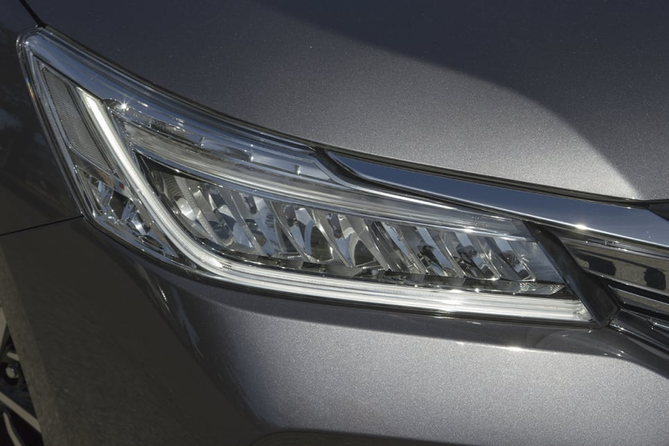 The headlights look great up close, with each unit looking like a set of teeth has been installed, giving the impression of a grille when illuminated.