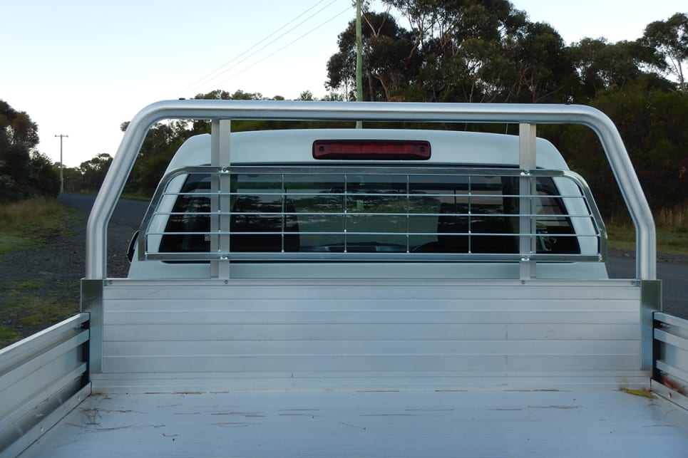 Our heavy-duty aluminium tray had a built-in metal rear-window guard.