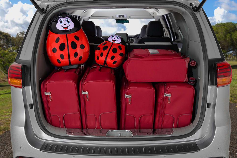 Kia Carnival 2018 review   CarsGuide
