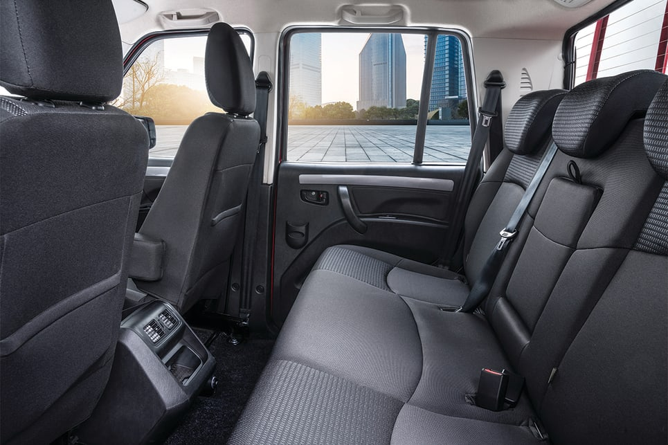 The sparse back seat (in dual-cab cars) is home to two ISOFIX attachment points.