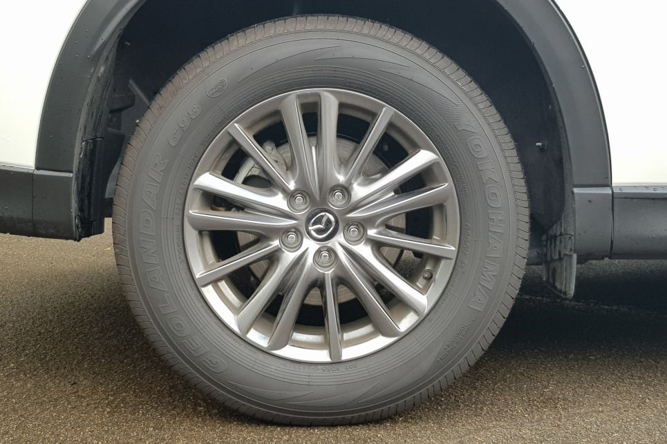 The same 17-inch alloys are shared across both the Touring and the Maxx Sport.