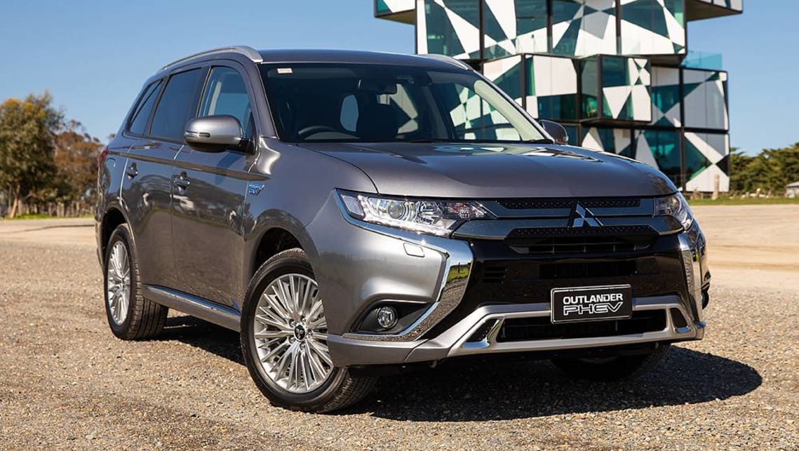 Mitsubishi Outlander Phev 2019 Pricing And Specs Confirmed