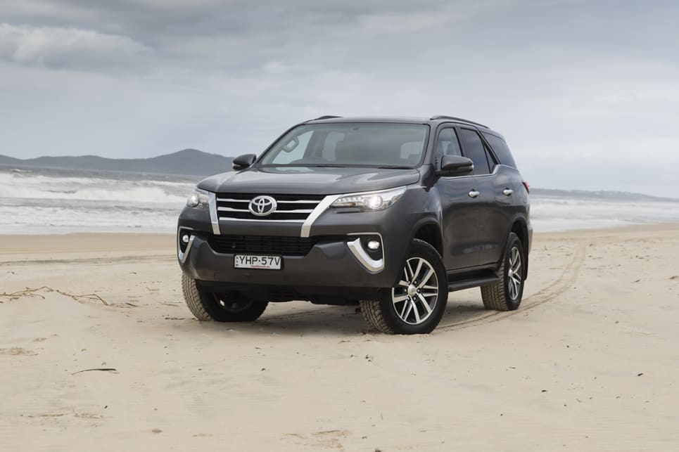 Hedendaags Toyota Fortuner Crusade 4WD 2018 off-road review | CarsGuide RS-67