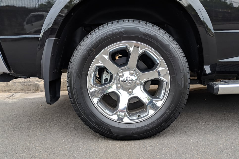 The 1500 Laramie scores 20-inch alloy wheels.
