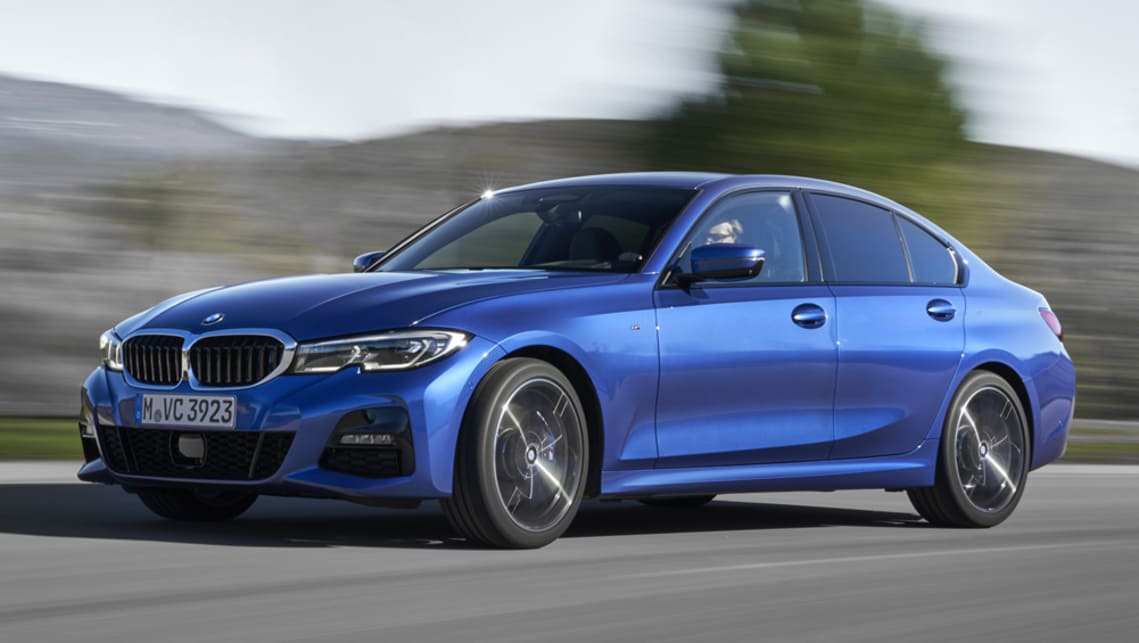 Powered by a twin-turbo 2.0-litre diesel, the entry-level 320d produces 140kW/400Nm and consumes 4.5l/100km